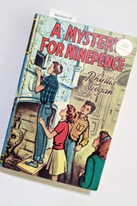 A Mystery for Ninepence Phyllis Gegan (Collins) 1969