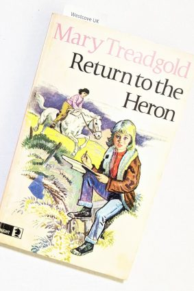 Return to the Heron Mary Treadgold 1972 (Knight Books)  ISBN: 9780340164020
