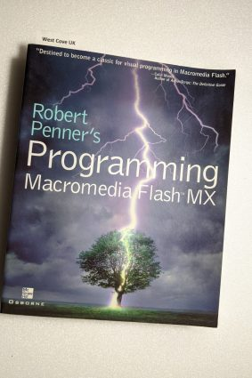Robert Penner's Programming Macromedia Flash MX (CLS.EDUCATION) ISBN: 9780072223569