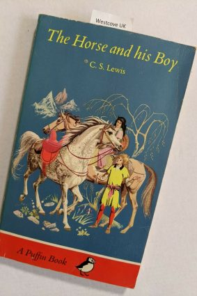 The Horse And His Boy (Puffin Books) ISBN: 9780140302448