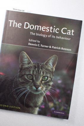 The Domestic Cat 2ed: The Biology of its Behaviour ISBN: 9780521636483