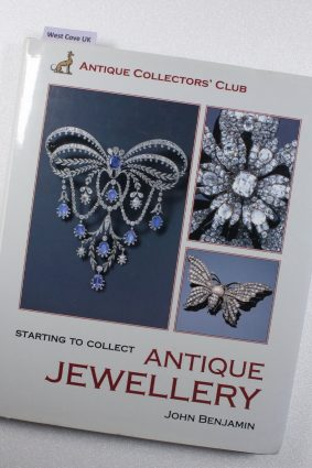 Starting to Collect Antique Jewellery ISBN: 9781851494071