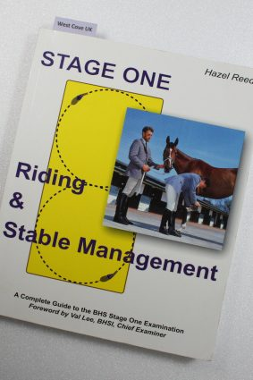 Riding and Stable Management: Stage One: 1 ISBN: 9781905079070