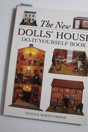 The New Dolls' House Do-it-yourself Book: In 1/12 and 1/16 Scale ISBN: 9780715306161