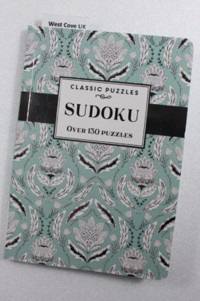 Classic Puzzles: Sudoku Mint Floral pattern 130 puzzles  ISBN: 9781488912245
