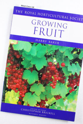Growing Fruit (RHS Encyclopedia of Practical Gardening) by Baker Harry; The Royal Horticultural Society ISBN: 9781840001532