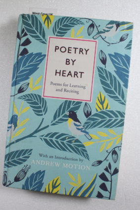 Poetry by Heart: Poems for Learning and Reciting ISBN: 9780241185544