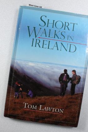 Short Walks in Ireland by Lawton Tom ISBN: 9780717130665