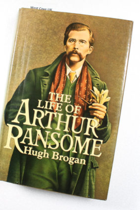 Life Of Arthur Ransome by Hugh Brogan ISBN: 9780224020107
