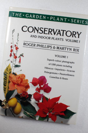 Conservatory and indoor plants (The garden plant series) (Vol 1) by Phillips Roger ISBN: 9780333677377