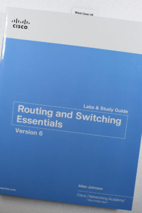 Routing and Switching Essentials v6 Labs & Study Guide (Lab Companion)  ISBN: 9781587134265