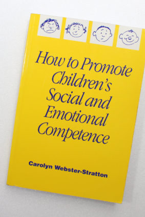 How to Promote Children's Social and Emotional Competence by Carolyn Websterstratton ISBN: 9780761965015