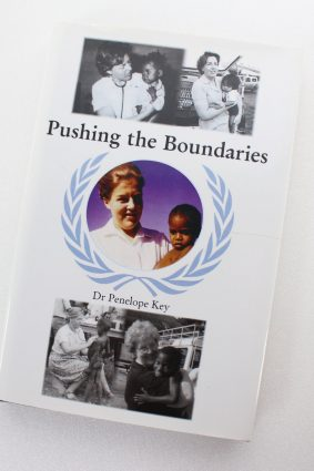 Pushing the Boundaries by Key Dr. Penelope ISBN: 9781905178353