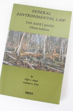 Federal Environmental Law: The User's Guide 3d (Coursebook) ISBN: 9780314160454