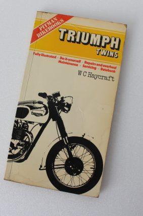 Triumph Twins (Bike books S.) by Haycraft W. C ISBN: 9780273010098