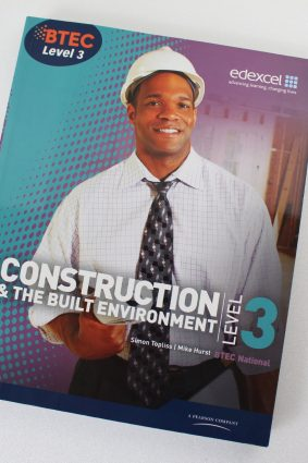 BTEC Level 3 National Construction and the Built Environment Student Book (Level 3 BTEC National Construction) ISBN: 9781846906565