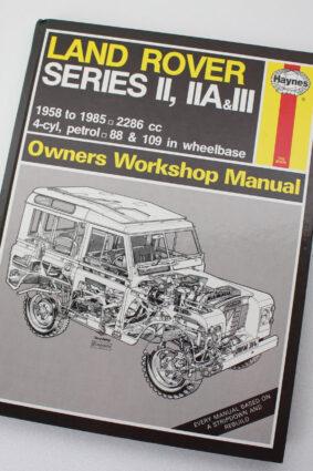 Land-Rover Owners Workshop Manual/Series Ii Iia & III by J. H. Haynes ISBN: 9781850101826