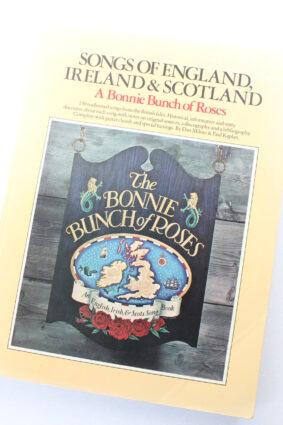 Songs of England Ireland & Scotland for piano/voice/guitar   ISBN: 9780711902459