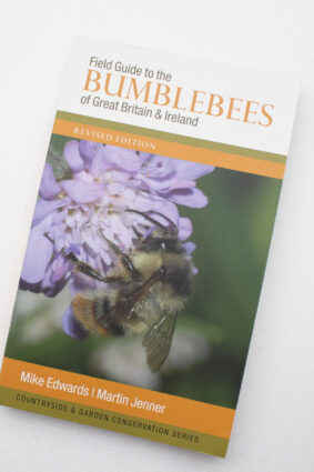 Field Guide to the Bumblebees of Great Britain and Ireland  ISBN: 9780954971311
